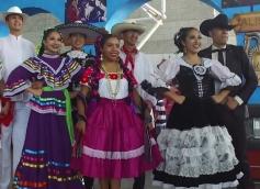 izl3k-1534802521-116896-blog-tw63_mexican20fiesta_pkg_wdjt5845