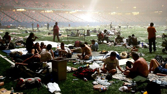 play_g_01_superdome_576