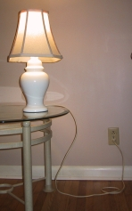 mains_powered_electric_lamp