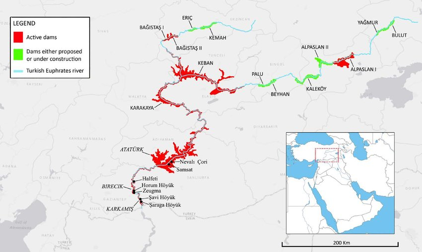 Map-showing-all-the-dams-along-the-Turkish-Euphrates-mentioned-in-the-text-the-three